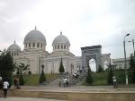 クカルダシュマドラサとジュマモスク