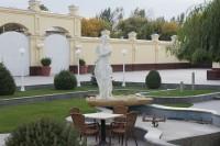 サマルカンドプラザ 中庭3