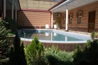 ベックホテル プール1
