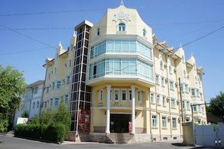 レトロパレスホテル