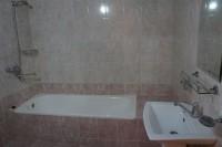 ファティマ&イブラヒム バスルーム1