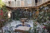 グランドノディルベック 中庭2