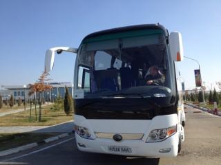 ブハラ空港からサマルカンド駅までバス