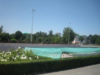 アミールティムール広場附近